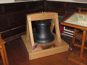 Taunton: Memorial bell for members of the St. Mary's Guild of Ringers, cast 1922 (Somerset)